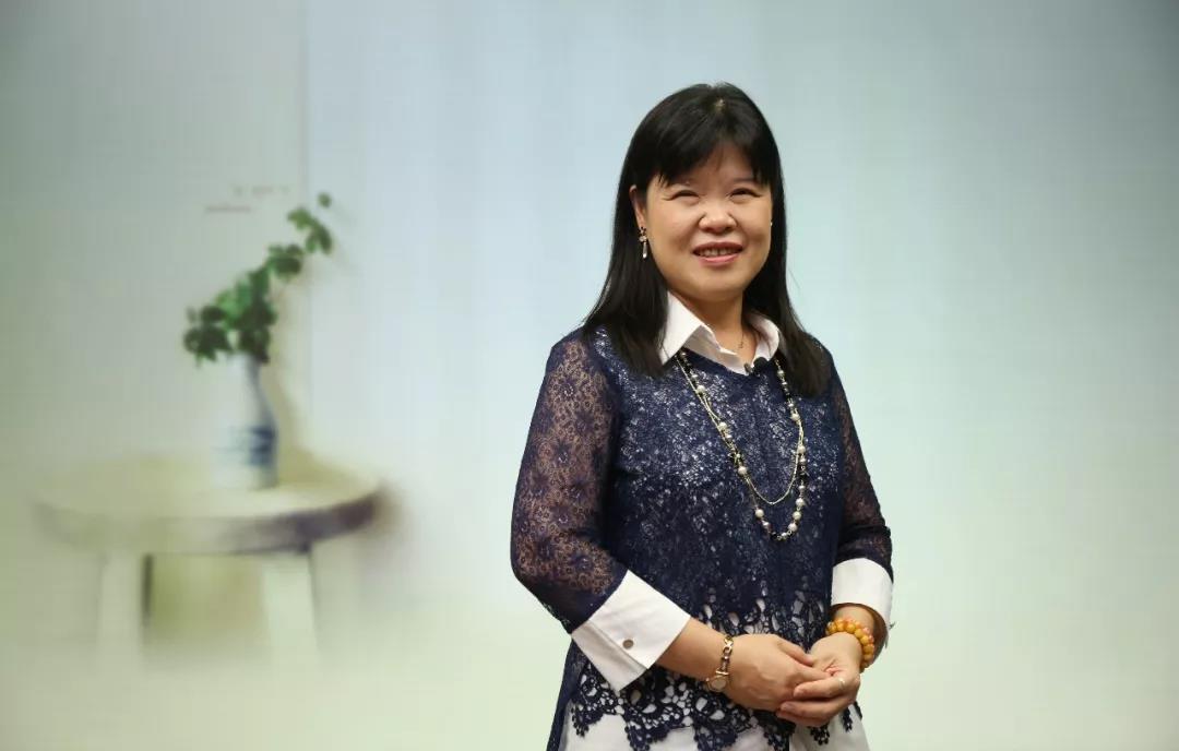 蔡春美   从业10年的家庭治疗师:看见爱与伤害的协奏曲