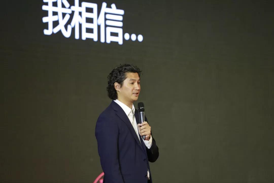 江文贤博士 | 从事自杀干预多年,我越来越相信生命的无限性