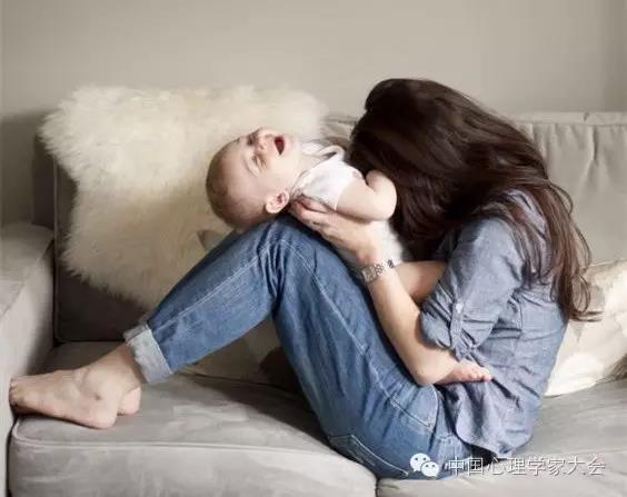 如何建立安全型的依恋关系,将影响孩子一生