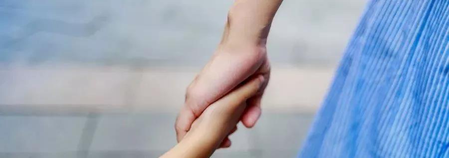 贺岭峰:父母如何破坏了孩子的安全感?