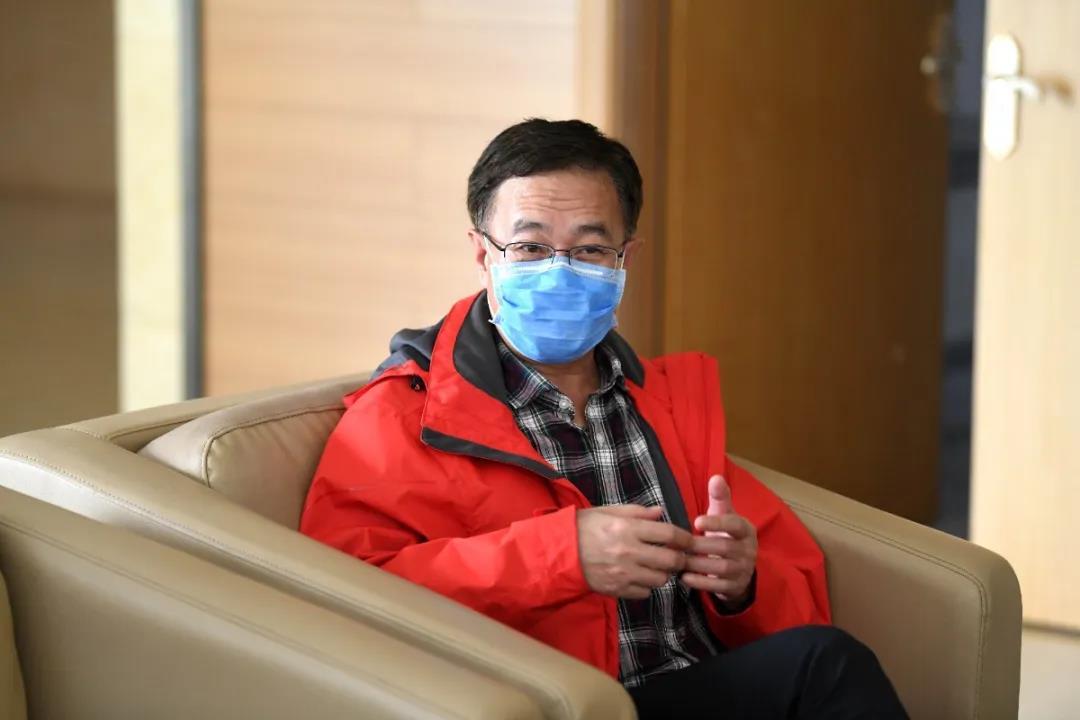 姜长青老师在武汉心理调查发现,北京医疗队员心态比普通人都好
